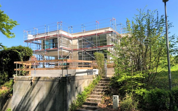 Umbau und Aufstockung, Bau läuft auf Hochtouren - Villa Sagenblick - CONSUS Immobilien GmbH - Luzern